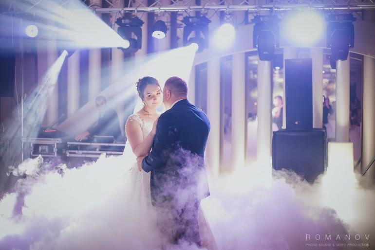 Nunta Este Sărbătoarea Mirilor Ea Nu Trebuie Formată Doar Din