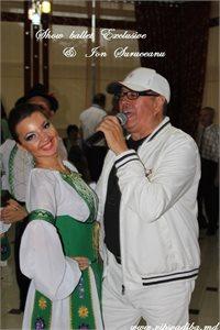 Dansurile populare - miezul nunților moldovenești, împreună cu trupa