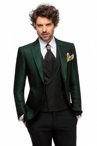 Costum pentru bărbați în salonul