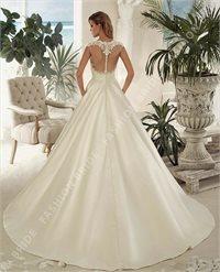 Rochie de mireasă în salonul