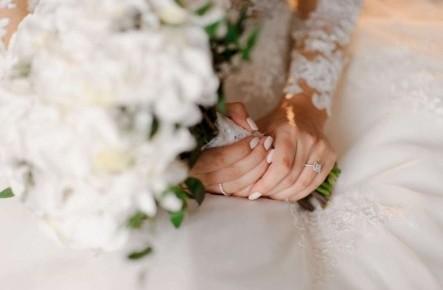 8 правил свадебного маникюра: что стоит и не стоит делать