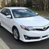 5 automobile albe, Toyota Camry, de la
