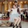 Coregrafia dansului mirilor oferită de