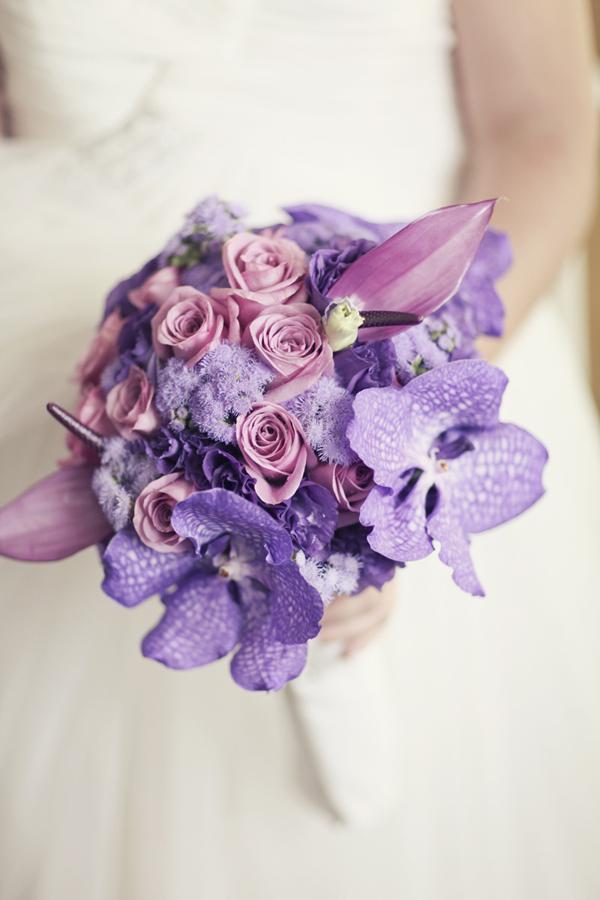Неожиданные комбинации цветов и оттенков - 20 свадебных букетов, ломающих стереотипы
