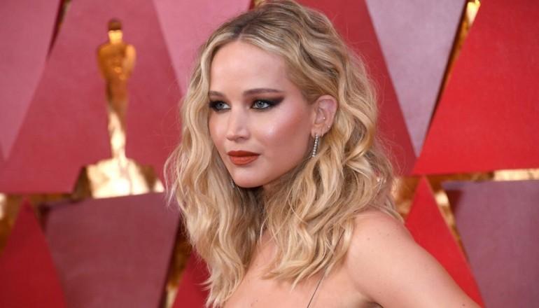 Faimoasa actriță Jennifer Lawrence s-a logodit!