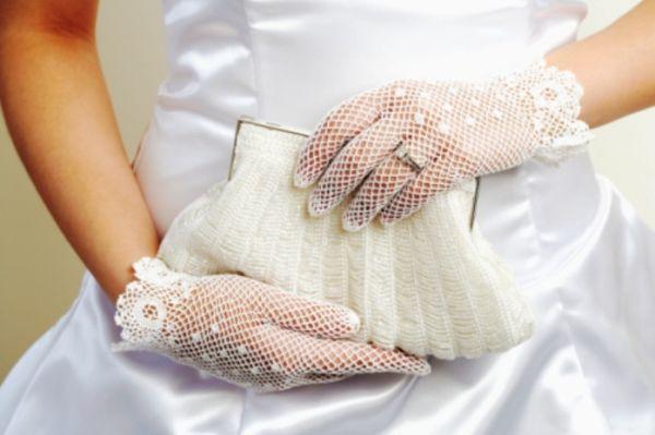 Что с собой носит предусмотрительная невеста?