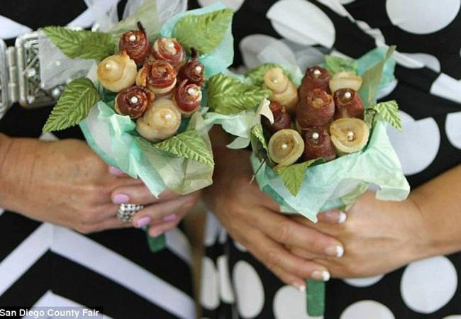 Креативность не имеет границ - как выглядит свадебный мясной букет