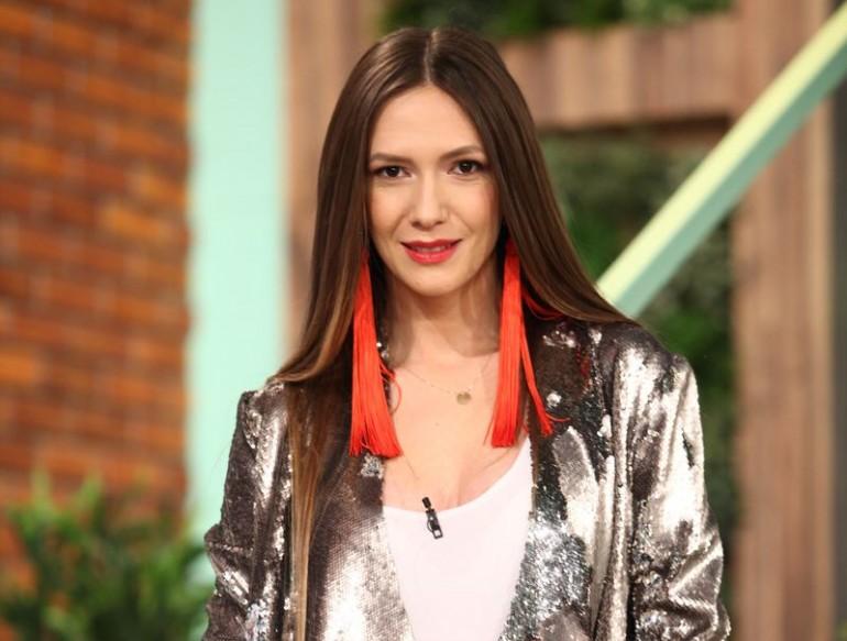 De ce a renunțat Adela Popescu la cariera muzicală: vezi ce a mărturisit ea