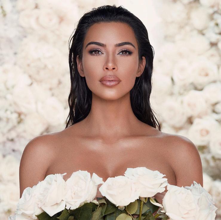 Ким Кардашьян: представила свадебную коллекцию макияжа