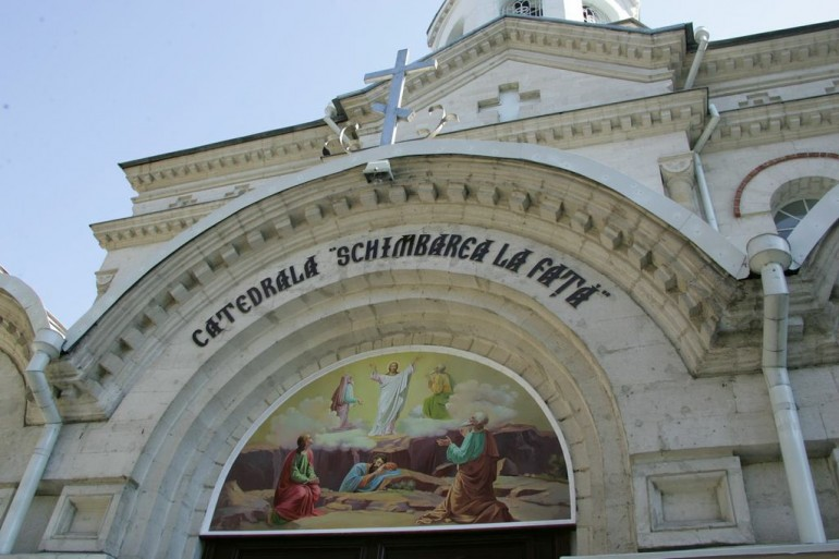10 cele mai frumoase biserici din Chișinău în care să te cununi