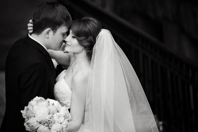 Fotograful Irina Grabazei relatează ce ar schimba astăzi la nunta sa, dacă ar întoarce timpul. Vezi ce sfaturi oferă viitorilor miri