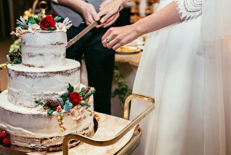 Alege-ți tortul pentru nunta ta din 2019! Lista producătorilor locali de torturi de nuntă la comandă