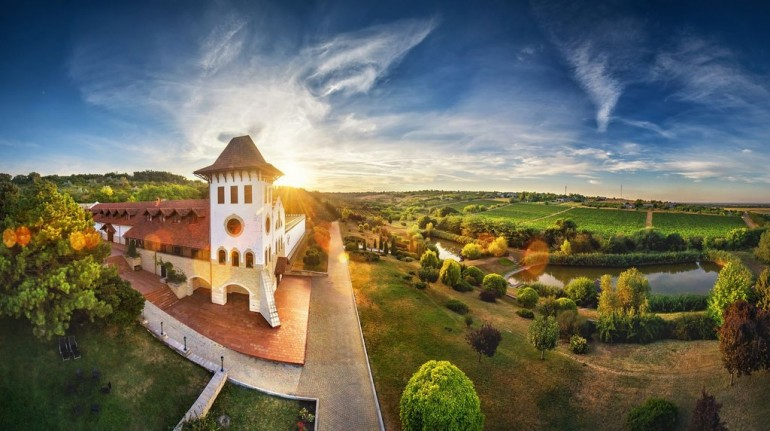 Vezi care sunt cele mai inedite locuri din Republica Moldova pentru o sesiune foto de nuntă