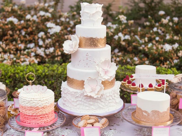 5 patiserii de unde să-ți comanzi tortul pentru nunta ta