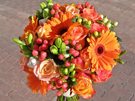 Cпелые краски в осеннем букете невесты