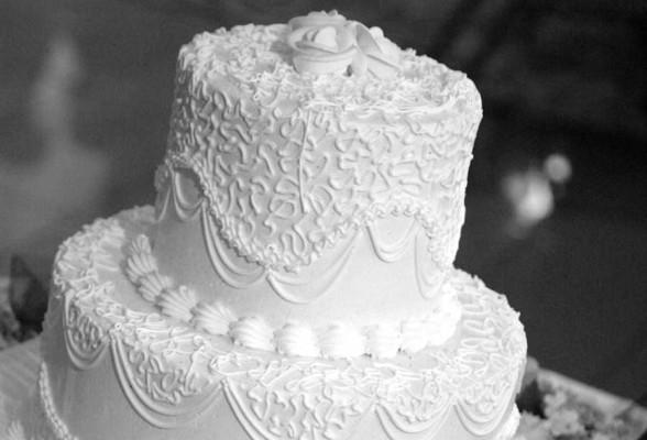 Какой он, свадебный торт? Или что учитывать при заказе торта