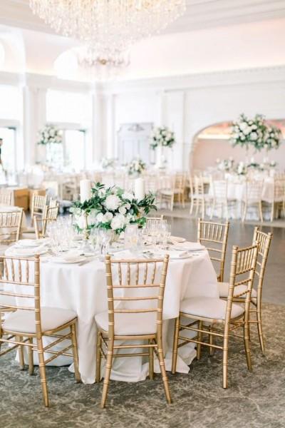 """Decorul sălii de nuntă realizat de agenția  """"Christine event decor"""""""