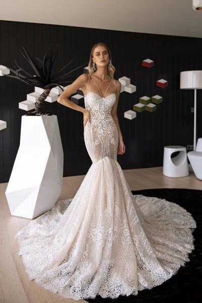 """Rochia de mireasă din colecția 2020 în salonul """"Casa Miresei Lavinia"""""""